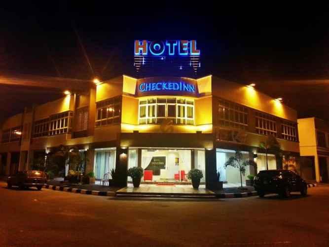 EXTERIOR_BUILDING CheckedInn Hotel