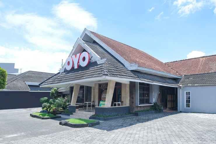 EXTERIOR_BUILDING OYO 461 Hotel Madukoro Near RSI Hidayatullah