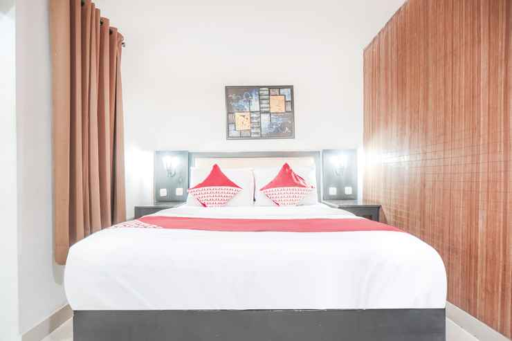 BEDROOM OYO 161 Dc Hotel Utan Kayu