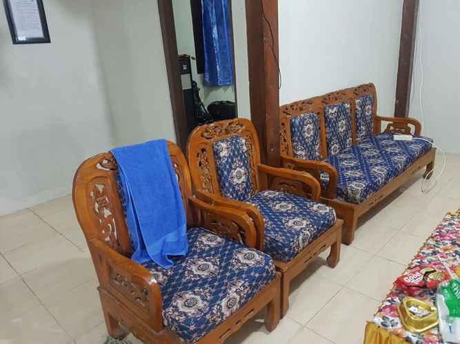 COMMON_SPACE Simple Room at Homestay Ibnu Hajar Selo