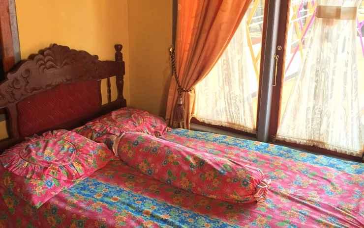 Homestay Sueb Geopark Ciletuh Sukabumi - 4 Bedroom