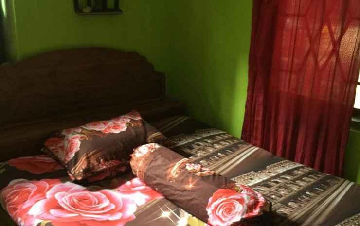 Homestay Ade Geopark Ciletuh Sukabumi - 4 Bedroom