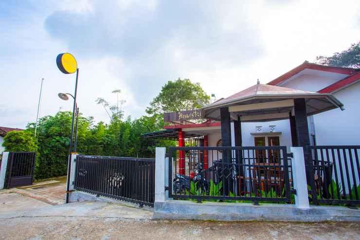 EXTERIOR_BUILDING SPOT ON 2718 Backpacker's Homestay Jlegong