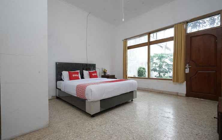 OYO 2048 Hotel Cahya Panorama Bandung - Deluxe Double