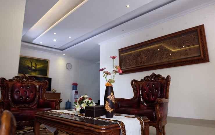 Family 4 Bedroom at House of Adera Yogyakarta - 4 Bedroom Homestay