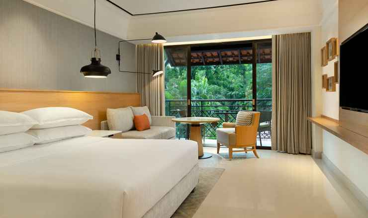 BEDROOM Sheraton Mustika Yogyakarta Resort & Spa