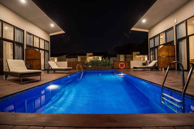 SWIMMING_POOL Woda Villa & Spa