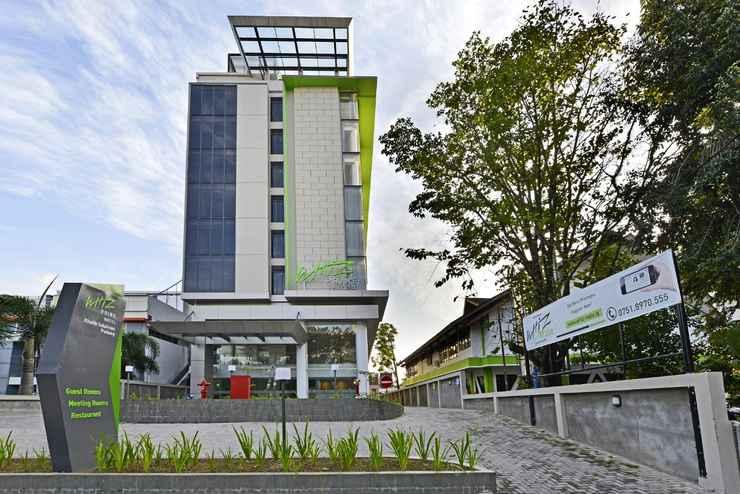 EXTERIOR_BUILDING Whiz Prime Hotel Khatib Sulaiman Padang