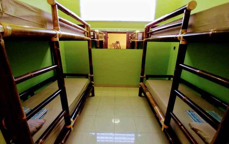 Homey Room at BottleBottle House Yogyakarta - Dormitory 4 Bed (Max Checkin 22.00)