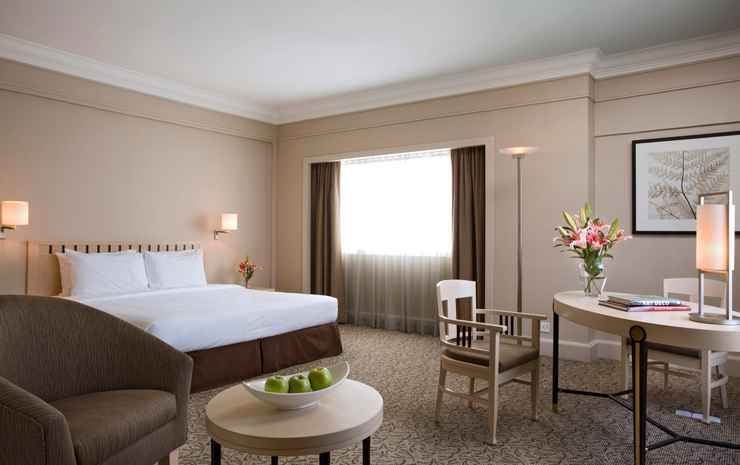 York Hotel Singapore - Deluxe Triple with Breakfast