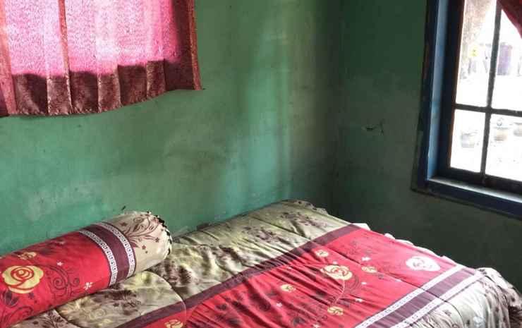 Homestay Aliah Geopark Ciletuh Sukabumi - 2 Bedroom