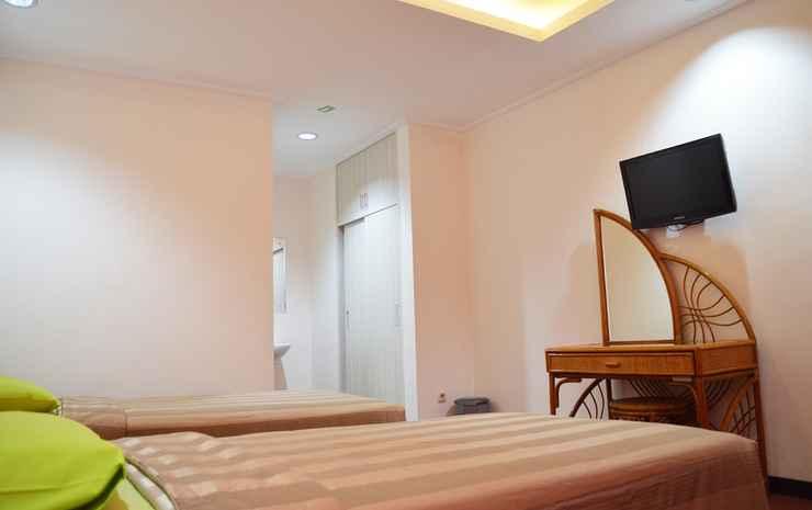 Lembah Hijau Cipanas Hotel Puncak - Gladiola Twin Bed