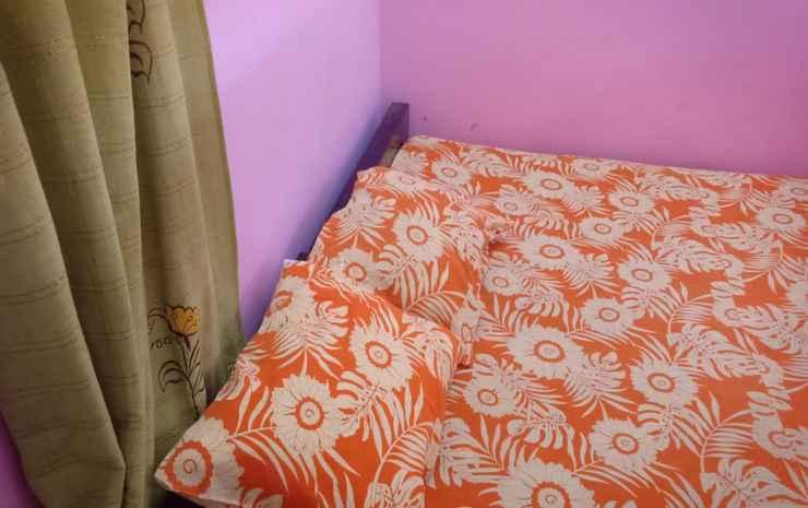 Homy Stay at Widia Griya Solo - Economy Room with Fan (Shared Bathroom)