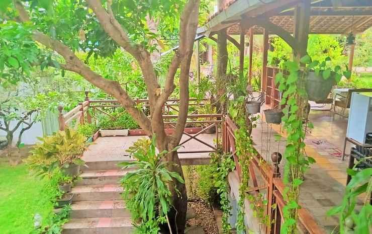 Classic Room at Djajanti House Semarang -