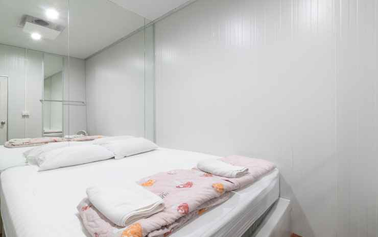 The Rooftop Residence Bangkok - Double Bedroom with Shared Bathroom