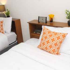 THE WHITE HOTEL BACOLOD - BURGOS BY HOMETOWNPH
