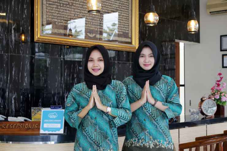 LOBBY Airy Syariah Mistar Cokrokusumo 29A Banjarbaru
