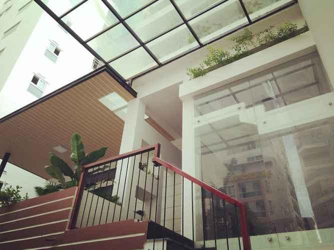 EXTERIOR_BUILDING La Rire Apartments