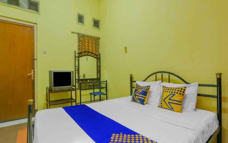 SPOT ON 90272 Istana Griya 1 Hotel Solo - SPOT ON Double