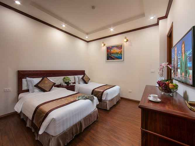 BEDROOM Royal St Hanoi Hotel