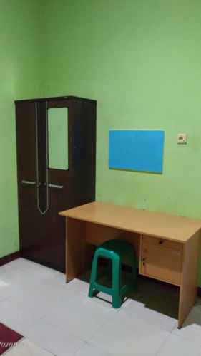 BEDROOM Affordable Room at Wisma Ketapang Hostel Cilacap