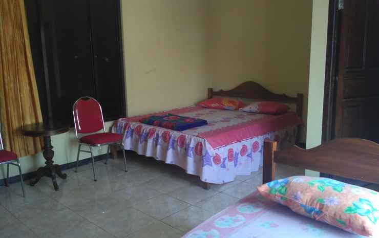 Budget Room at Hotel Matahari Solo Solo - Kamar Keluarga
