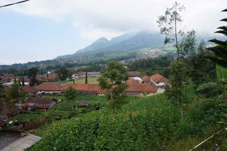 VIEW_ATTRACTIONS Homestay Selo Mawar