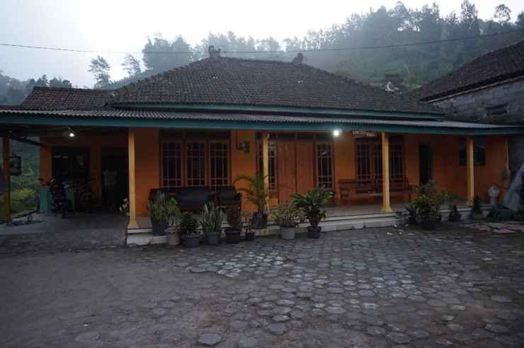 EXTERIOR_BUILDING Homestay Selo Mawar