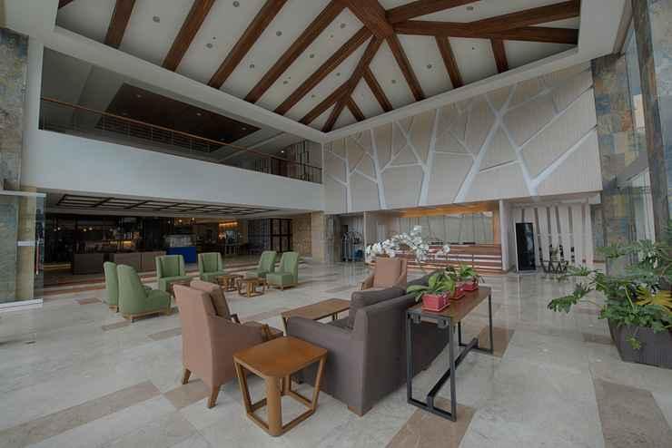LOBBY Newtown Plaza Hotel