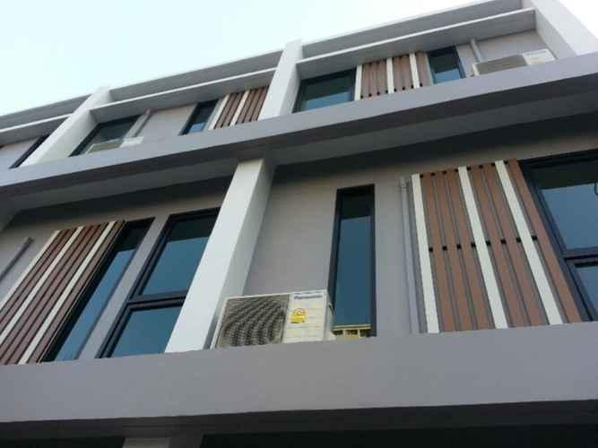 EXTERIOR_BUILDING Varinda Hostel