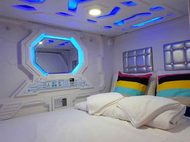 BEDROOM Galaxy Pods @ Chinatown