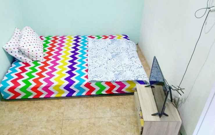 West Surabaya Homey Syariah Surabaya - Double Room AC