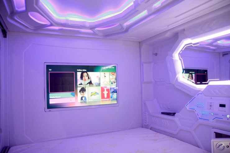 BEDROOM MET A Space Pod @ Chinatown