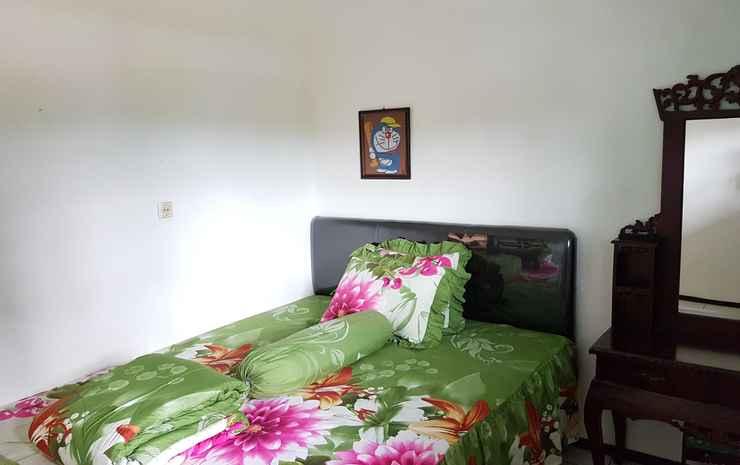 Villa Mangga Asri Batu - Three Bedroom Malang - Three Bedroom