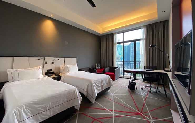 theRED One KLCC Kuala Lumpur - Grand Deluxe King Or Twin Room (Guaranteed early check in at 12pm and late check out at 2pm)