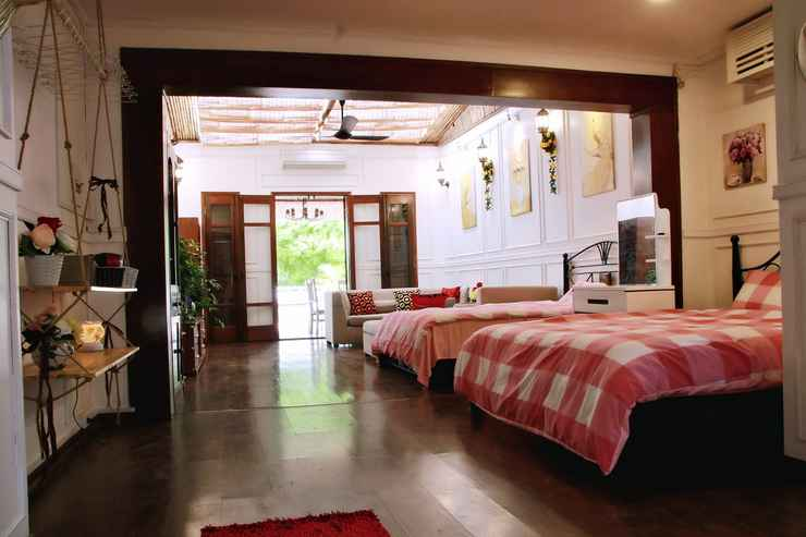 BEDROOM Romantic HomeStay