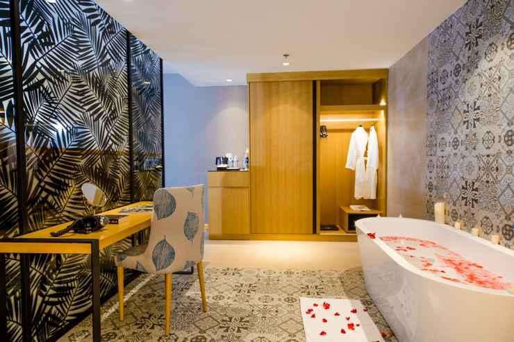 BATHROOM Khách sạn Quinter Central