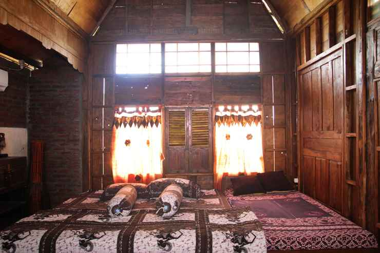 BEDROOM Omah Awang