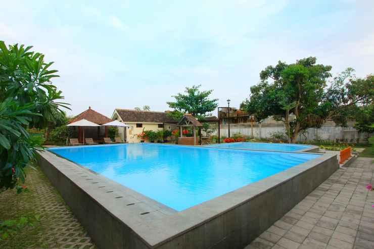 SWIMMING_POOL Votel Griya Gendhis Saraswati Hotel