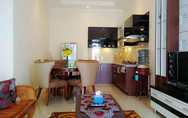 Full House 4 Bedroom at Azka Homestay Malang - Four Bedroom