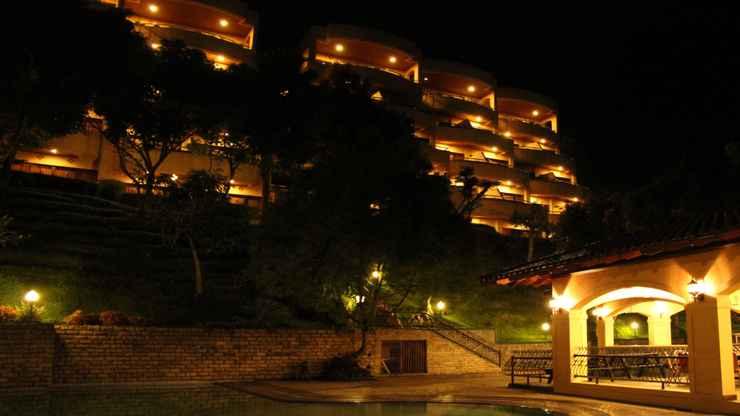 SWIMMING_POOL Puncak Inn Resort Hotel