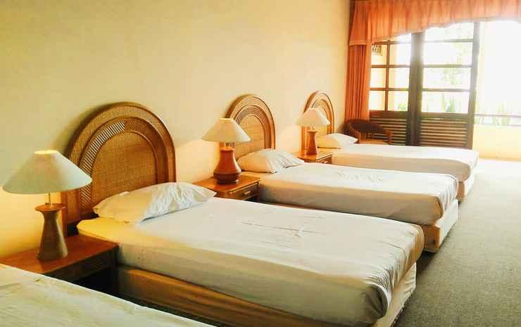 Puncak Inn Resort Hotel Puncak - Gardenview Four-Bed Room