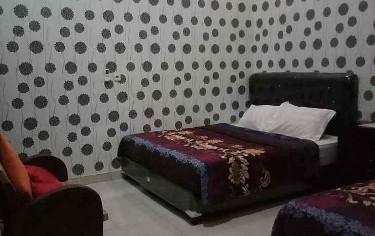 Homestay Mbok Dhe Borobudur Magelang - Family Twin Bed