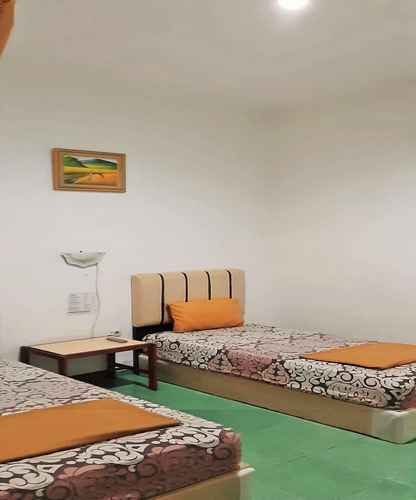 BEDROOM Simple Room at Ideal Home Tegal