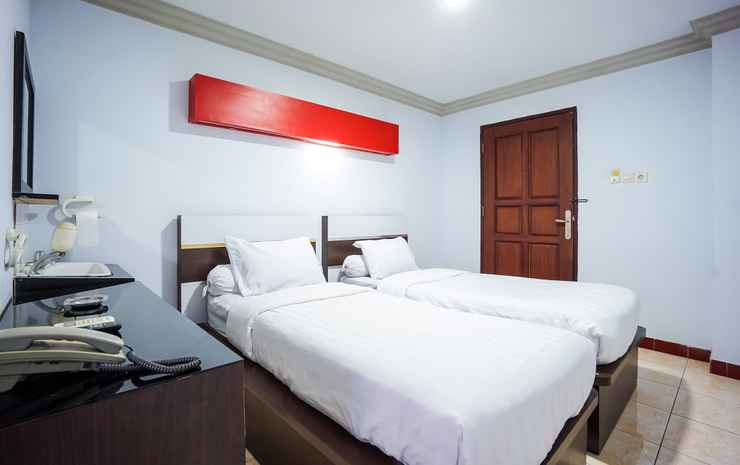 Capital O 3433 Hotel Plaza Manado - Deluxe Twin
