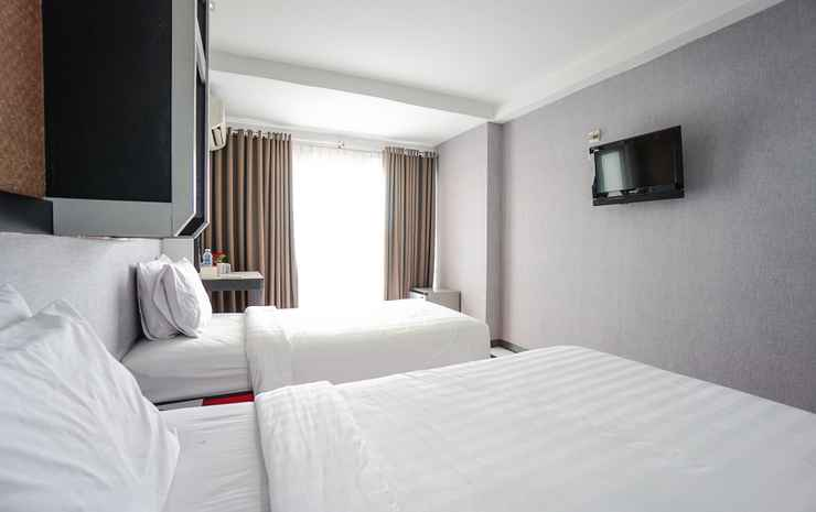 Capital O 3433 Hotel Plaza Manado - Suite Twin