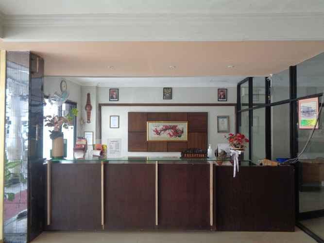 LOBBY Capital O 3433 Hotel Plaza