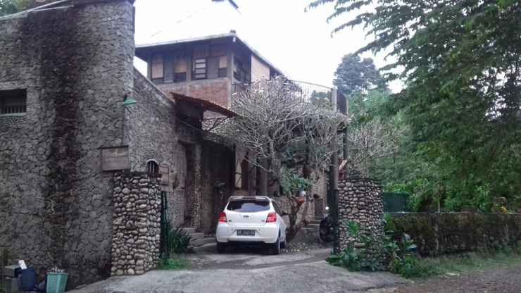 EXTERIOR_BUILDING Stone House Castle Homestay