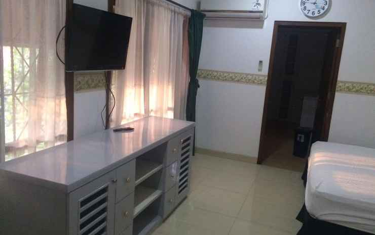 Natural Feeling at Pakis HomeStay Surabaya - Room G (Max Check in 22.00)