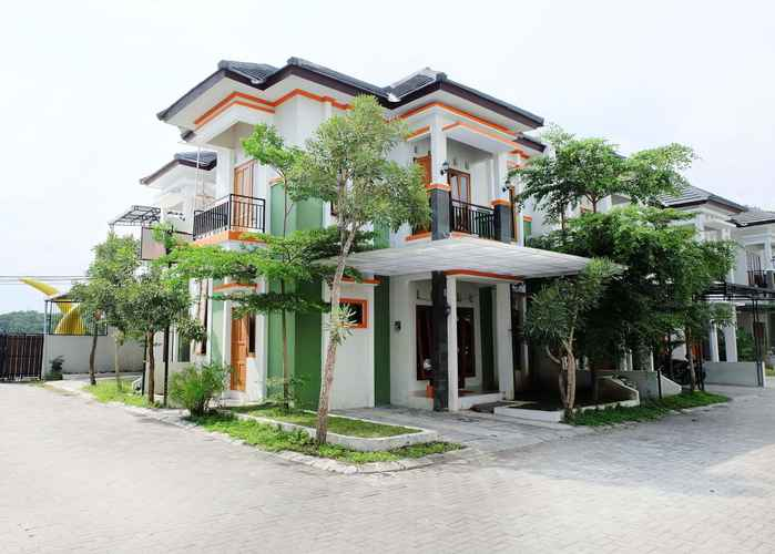 EXTERIOR_BUILDING Simply Homy Guest House UMY